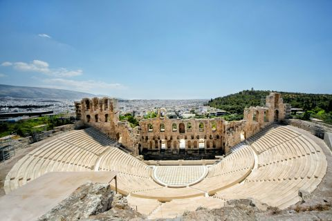 Distant view of the Odeon of Herodes AtticusDistant view of the Odeon of Herodes Atticus