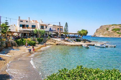 Moxlos beach