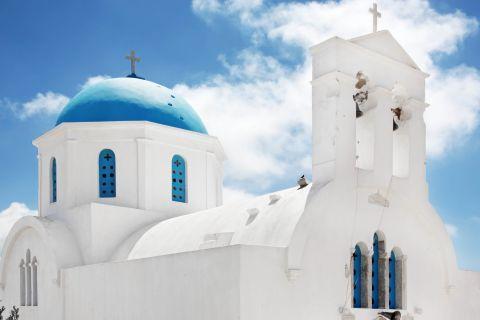 Agios Nikolaos church in Vroutsis village