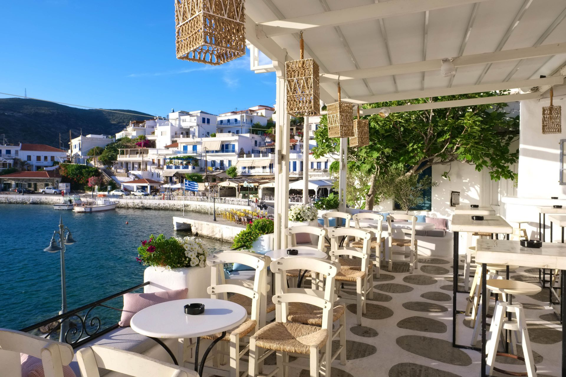 Cafes in Andros