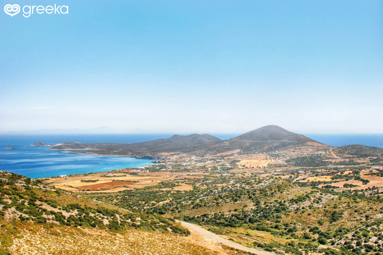 About Antiparos: Holidays and info - Greeka.com