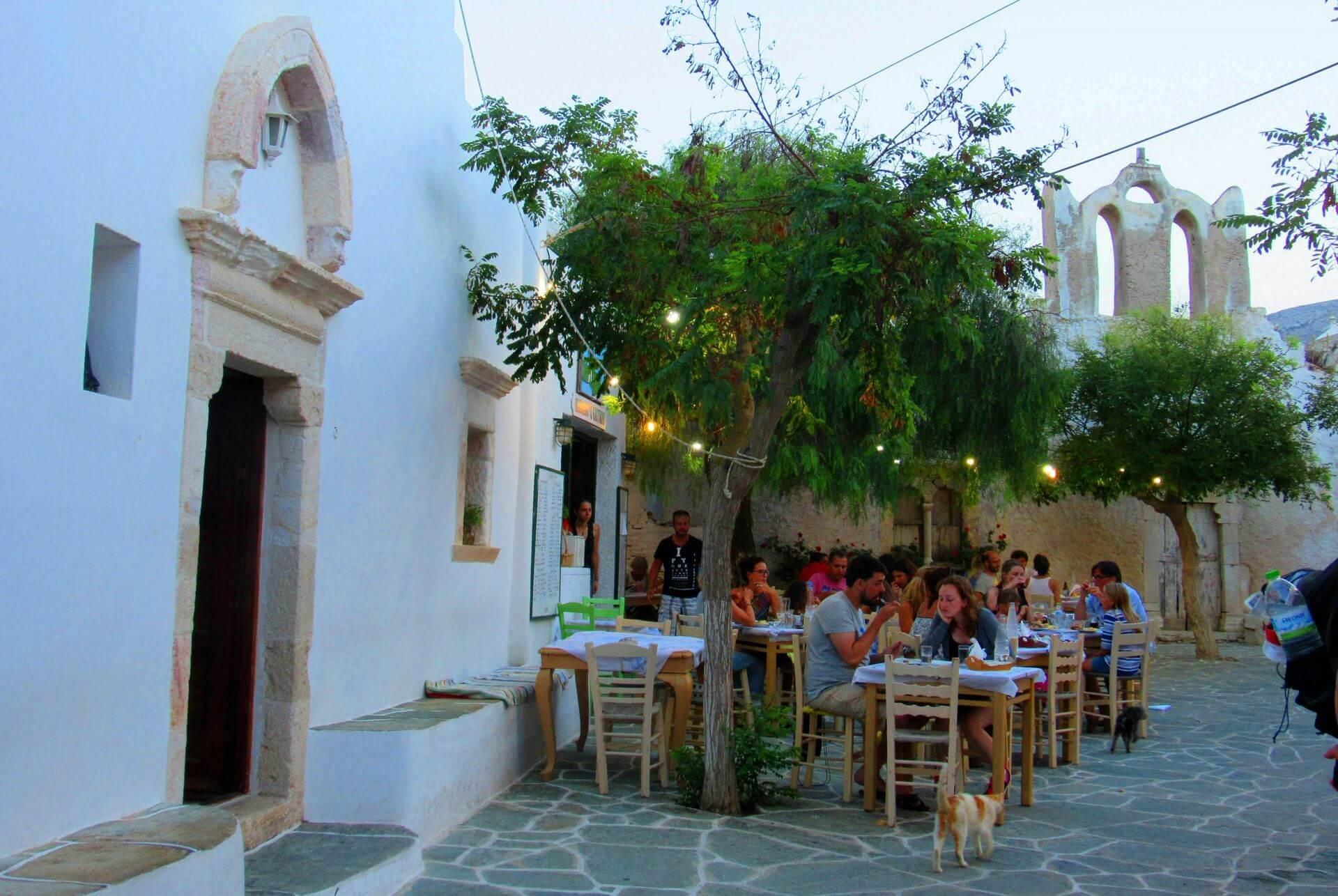 Restaurants in Folegandros