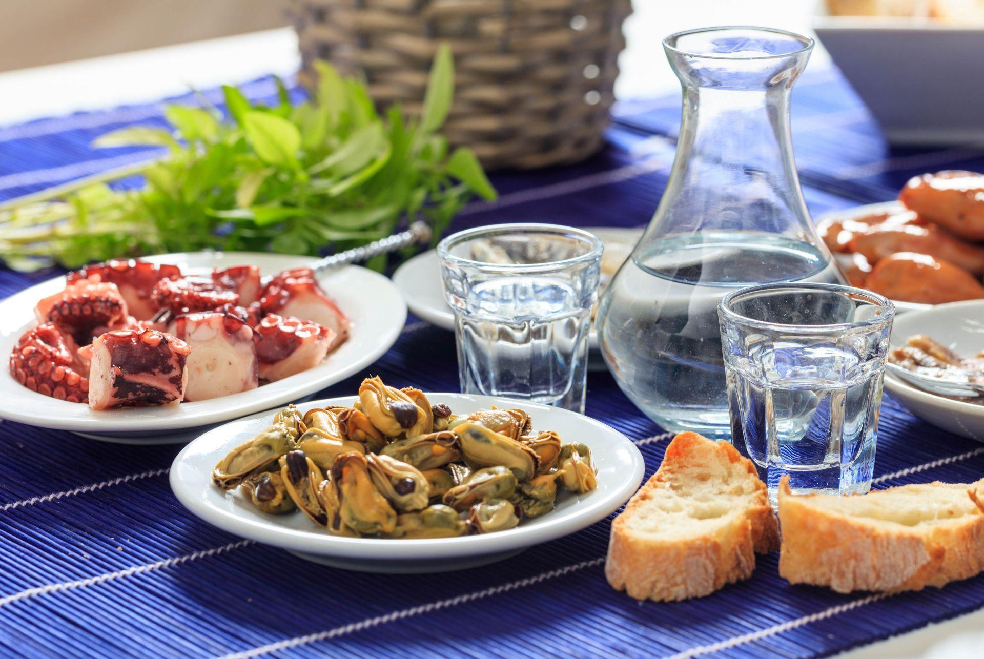 Restaurants in Iraklia