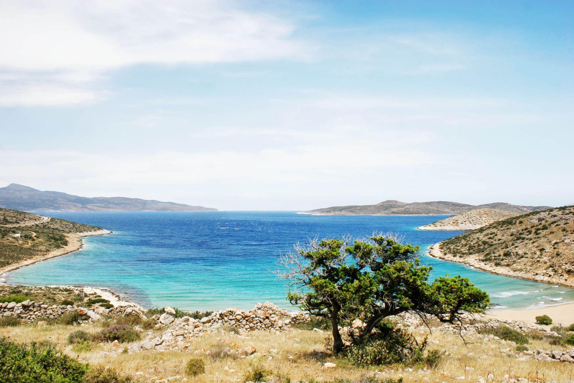 Iraklia island: Livadi