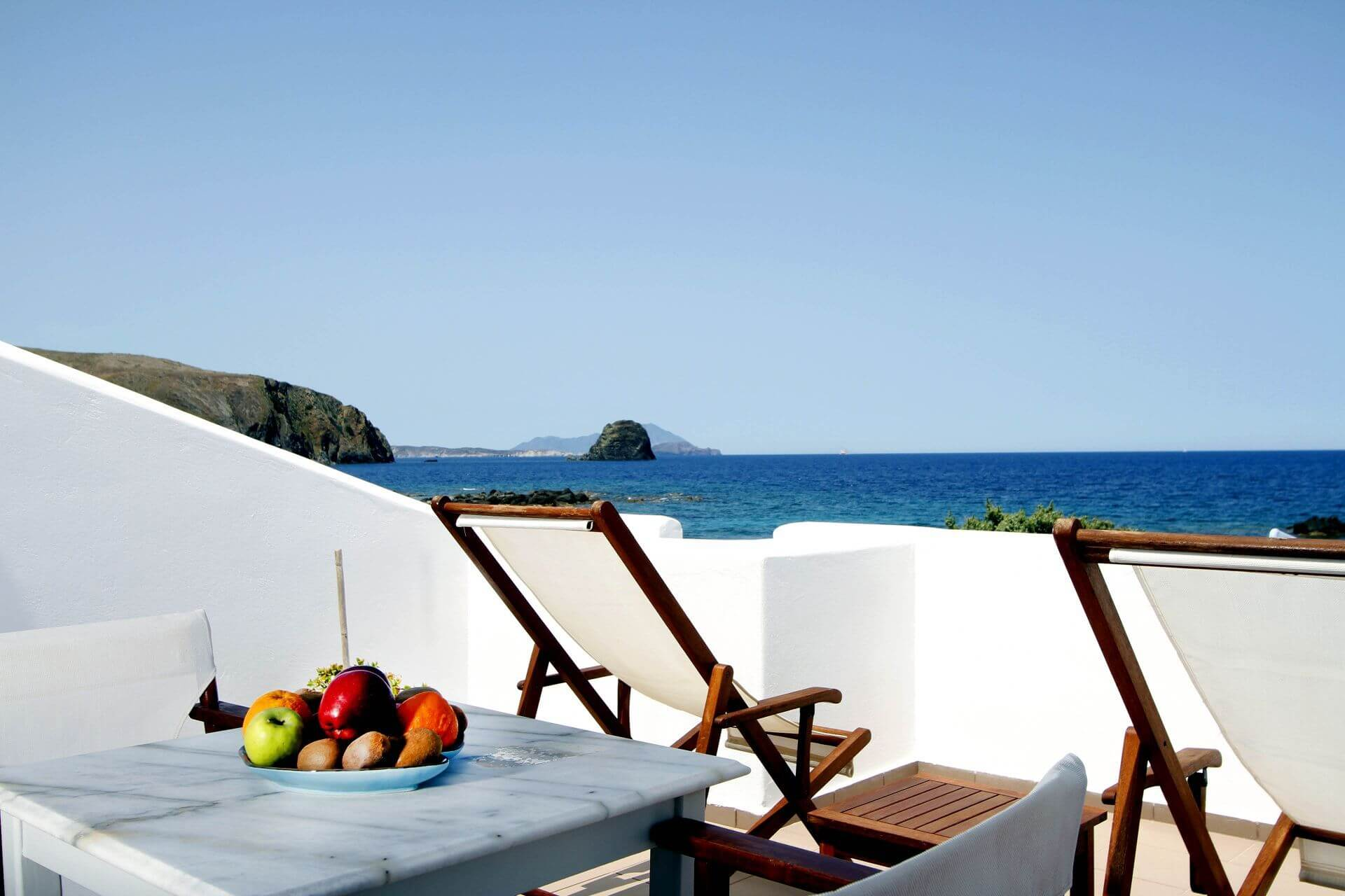 Accommodation and hotels in Milos