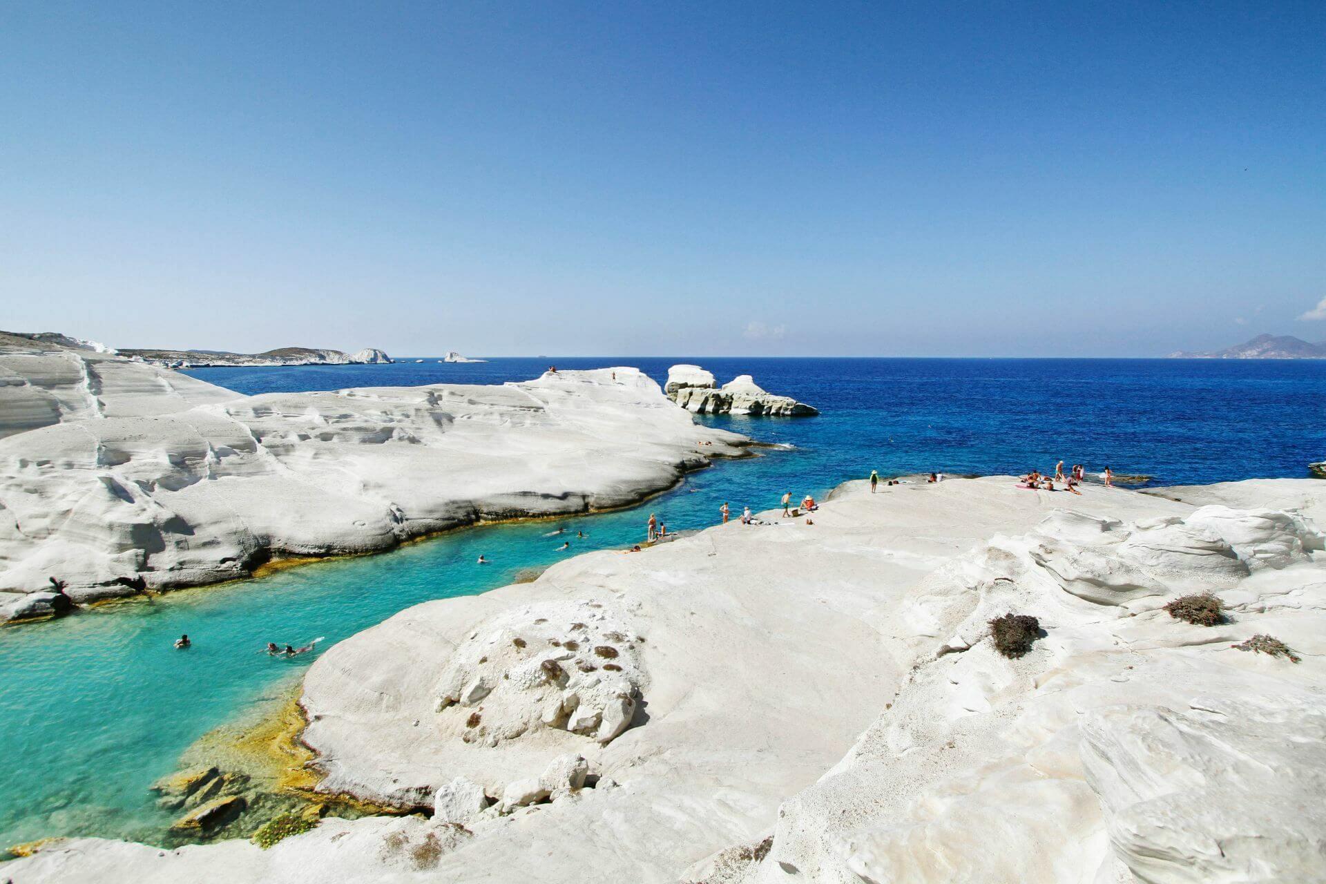 Milos Island: Sarakiniko