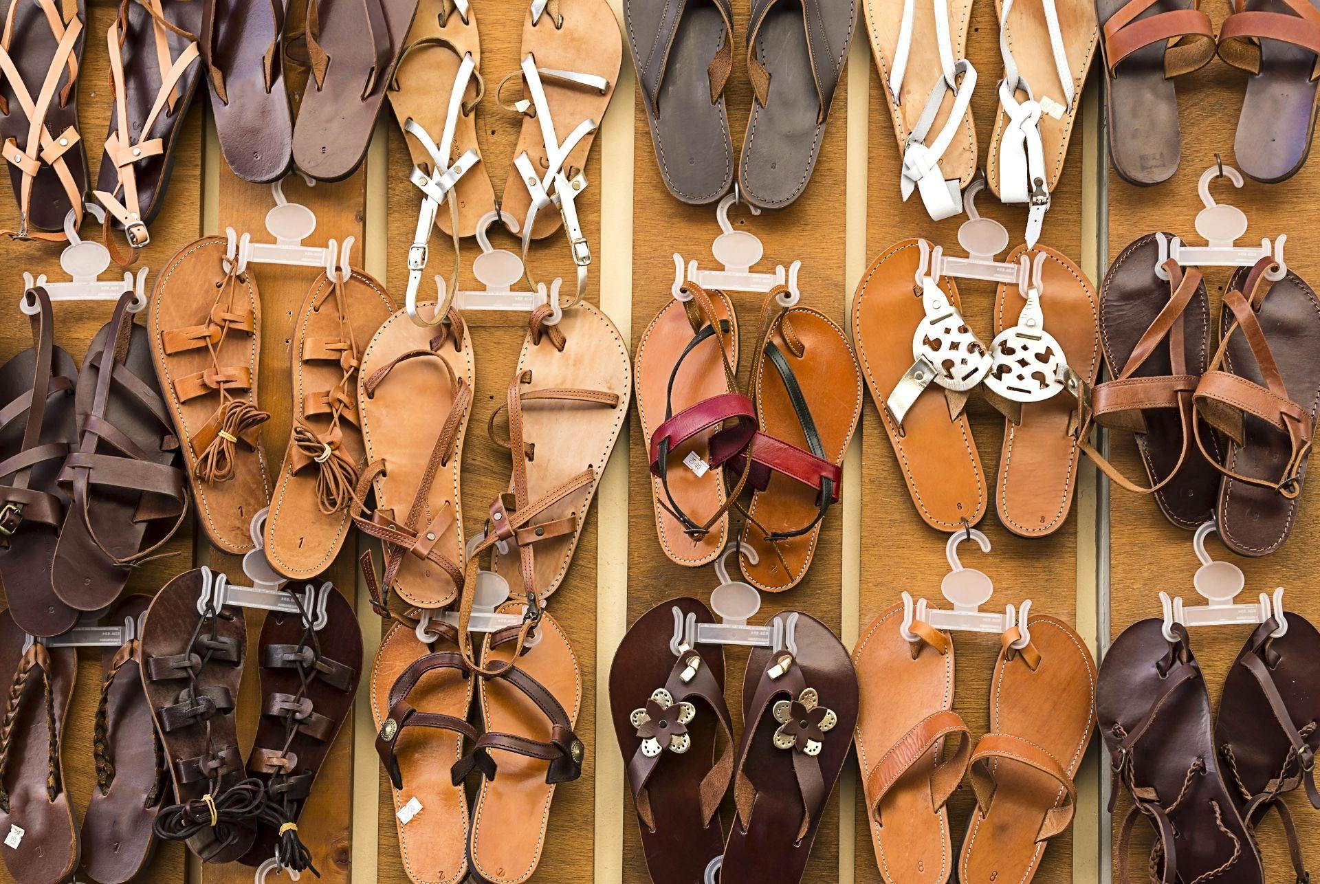 Shopping in Milos