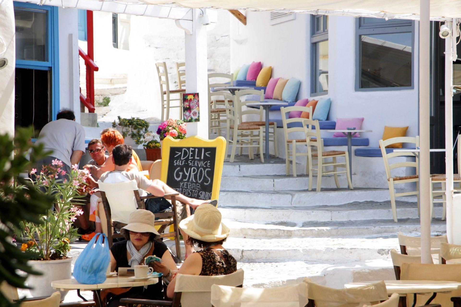 Cafes in Mykonos