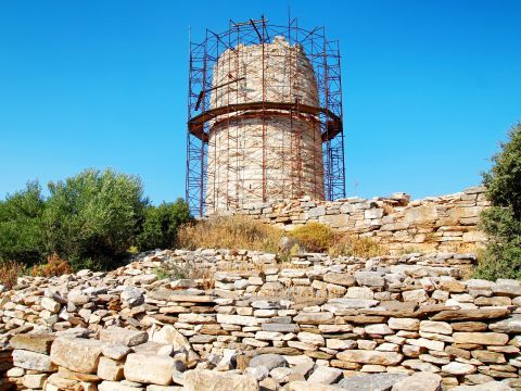 The Tower of Heimarros in Filoti village