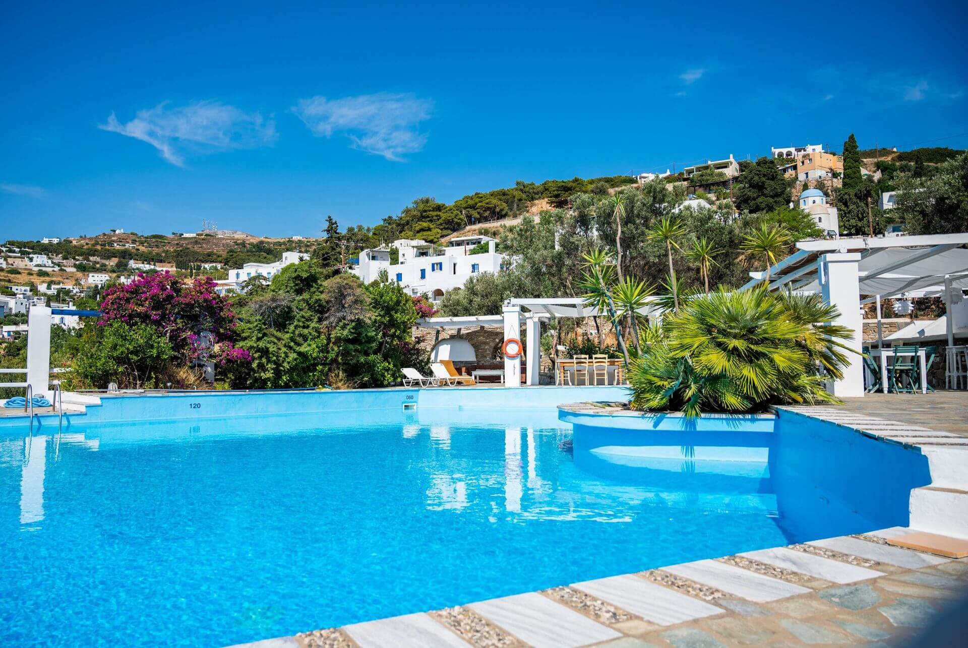 Accommodation and hotels in Paros