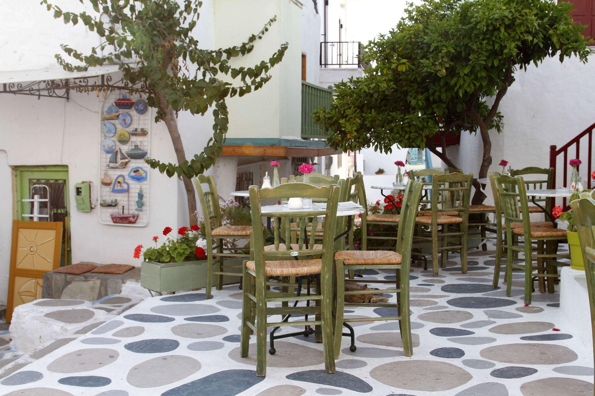 Cafes in Paros