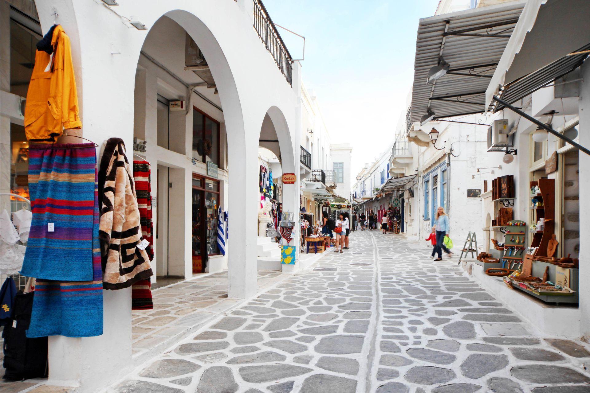 Shopping in Paros