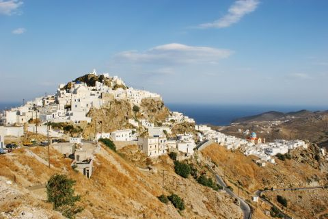 Chora is a lovely settlement, constructed on a high altitude.