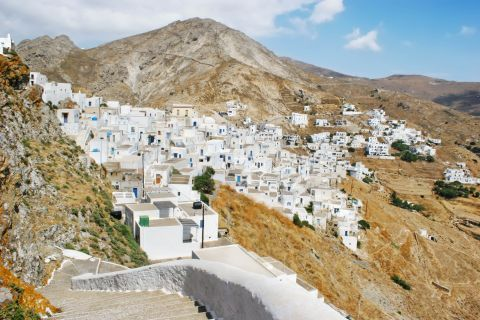Chora is perched on a hill, 5 km up from Livadi port.