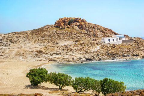 Agios Sostis is a nice, shingle and sandy beach.