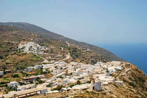 View of Sikinos.