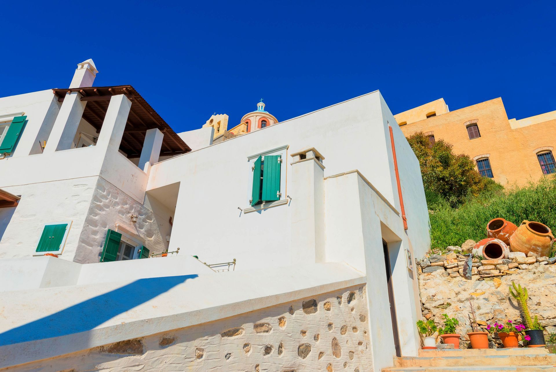 Accommodation and hotels in Syros