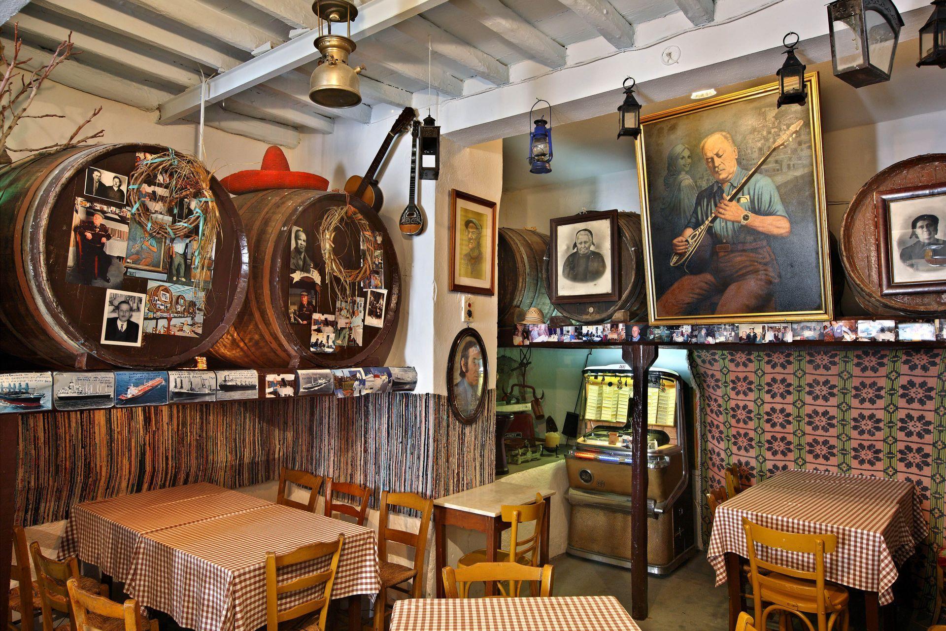 Restaurants in Syros