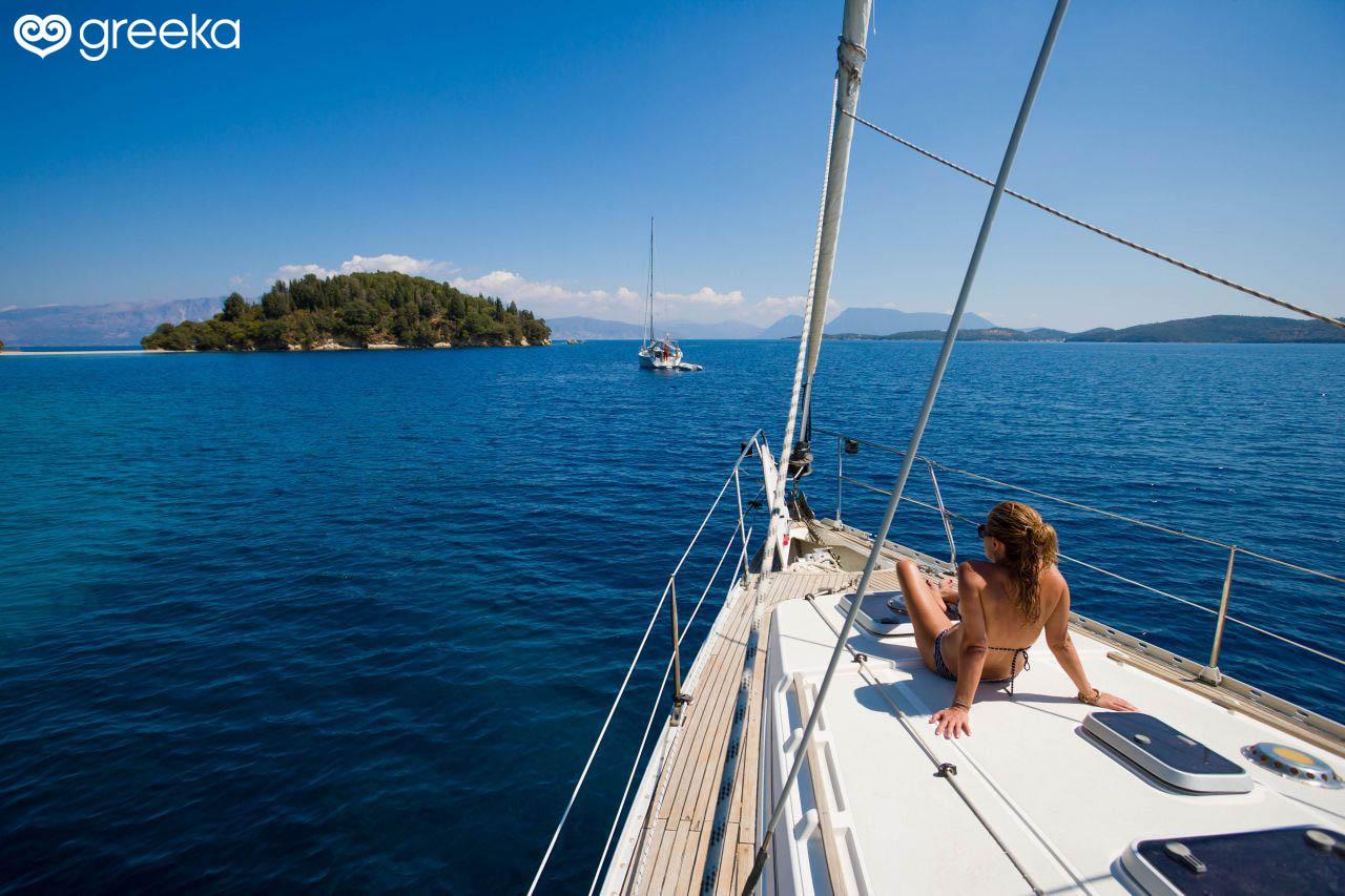 Yacht Charter in Syros, Greece   Greeka