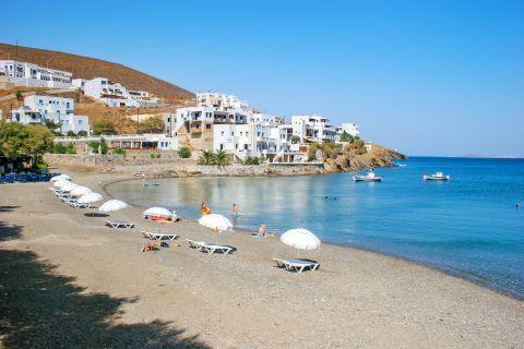 Pera Gialos beach