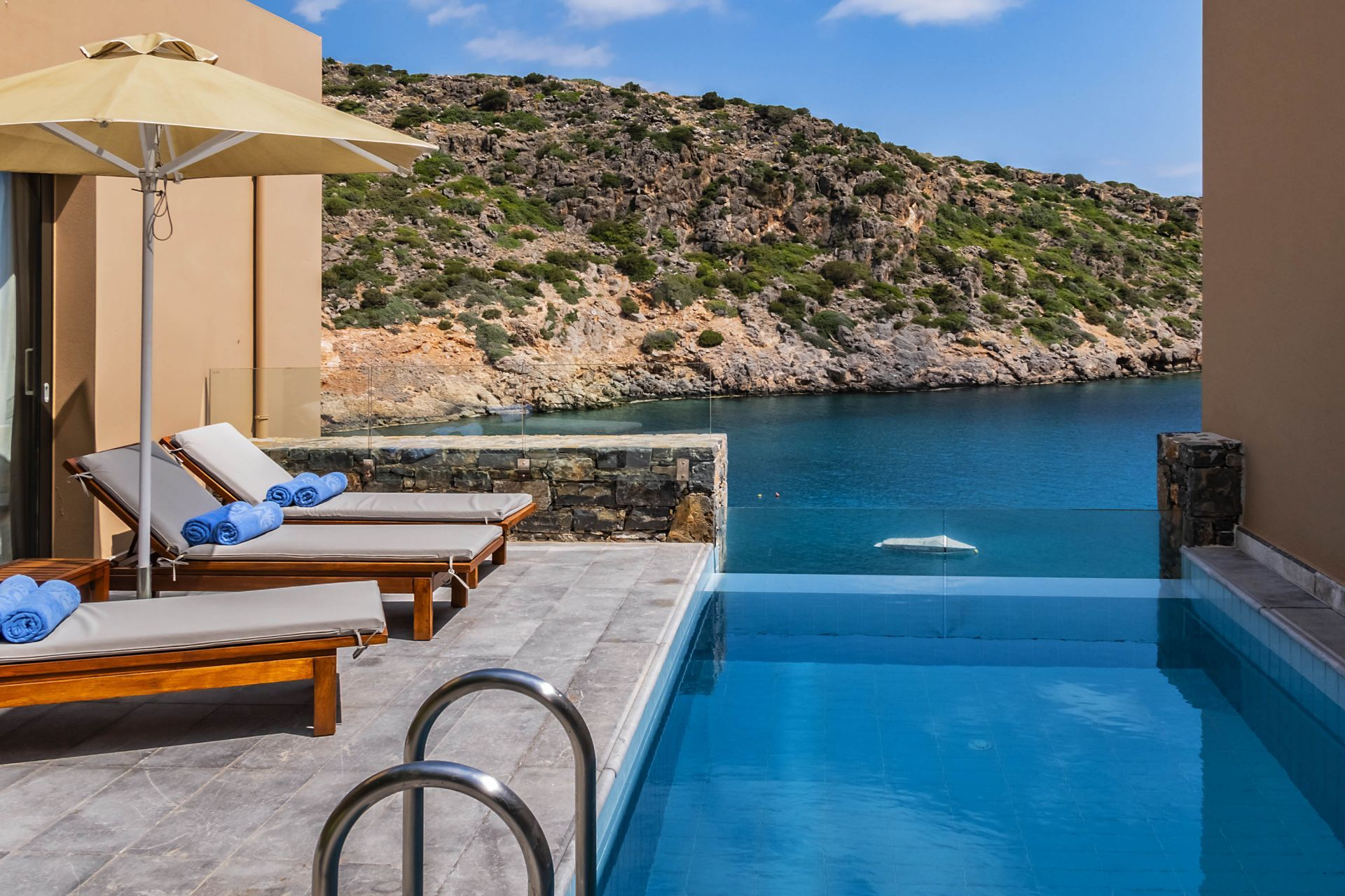 Bungalows in Greece