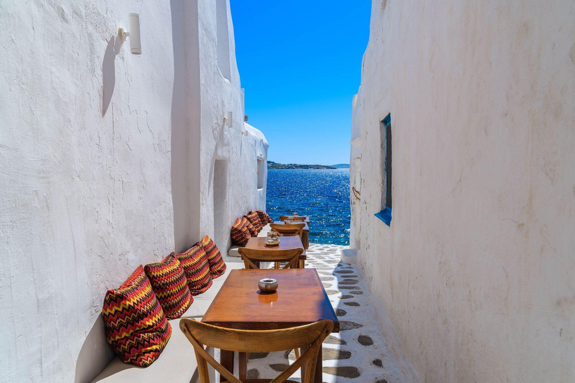 Best Cafe in Greece & Greek islands   Greeka