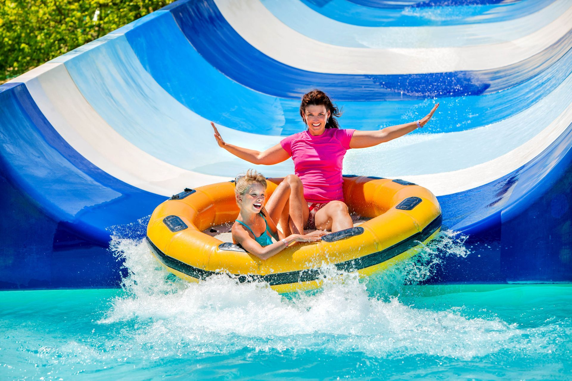 Greece other businesses: Waterparks