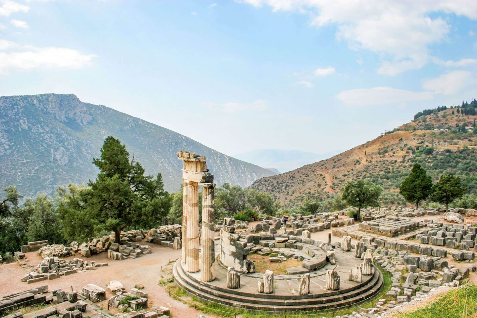 Greece Travel Guide: Delphi