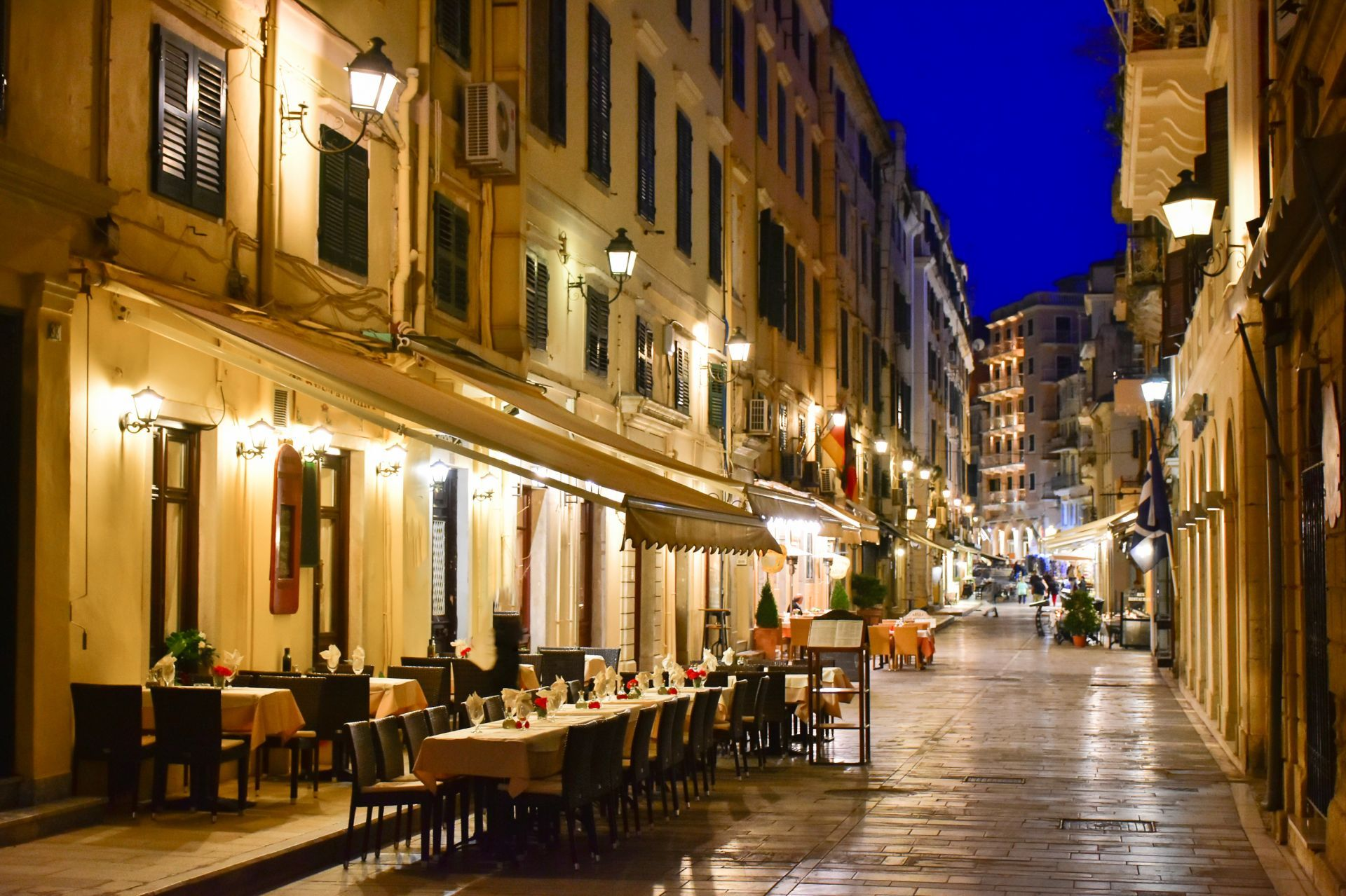 Eat and drink in Corfu