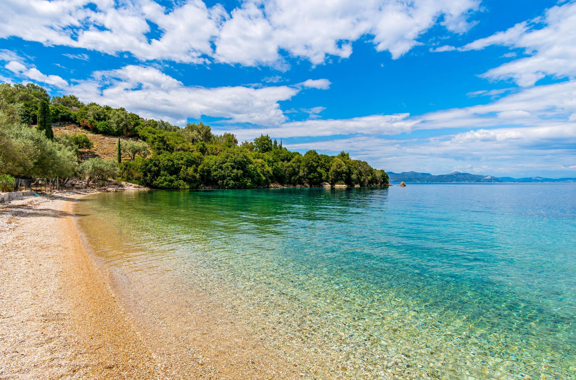 Meganisi island: Megalo Limonari