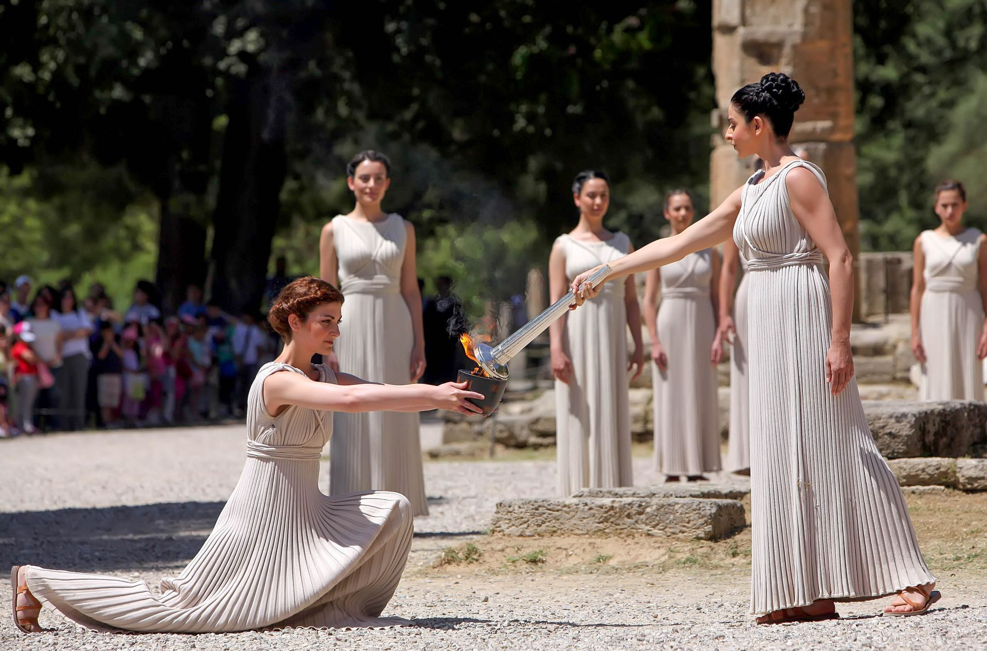 Olympia: Olympic flame