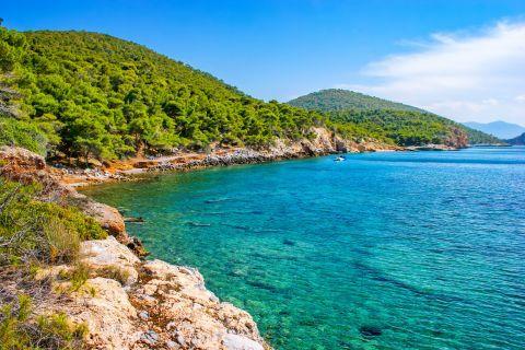 Xekofti beach: Impressive natural surroundings and azure waters