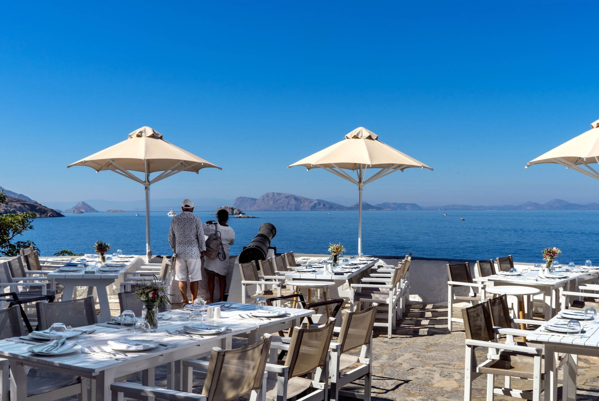 Places to eat and drink in Hydra