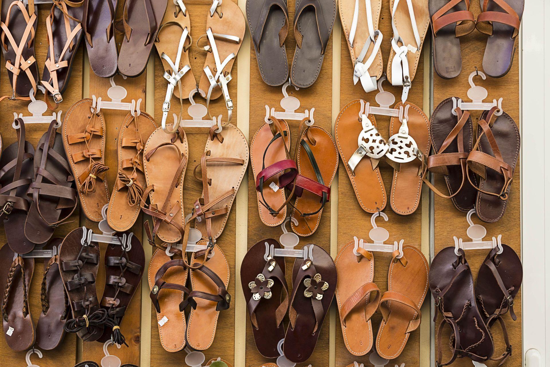 Shopping in Poros