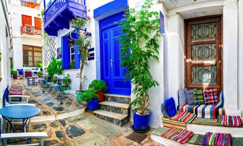 Lovely places for a coffee or a snack. Skopelos, Sporades.