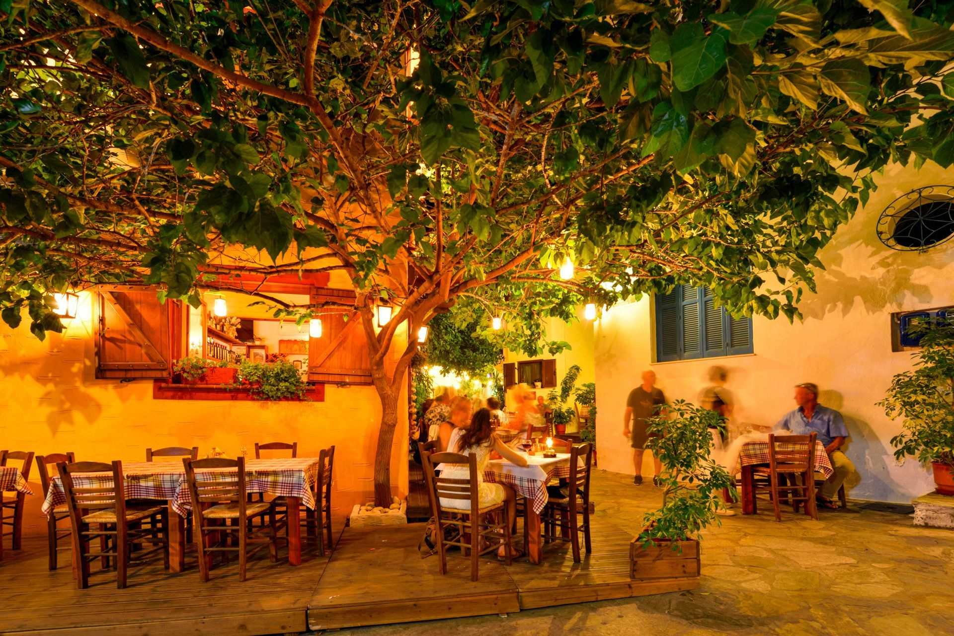 Restaurants in Skiathos