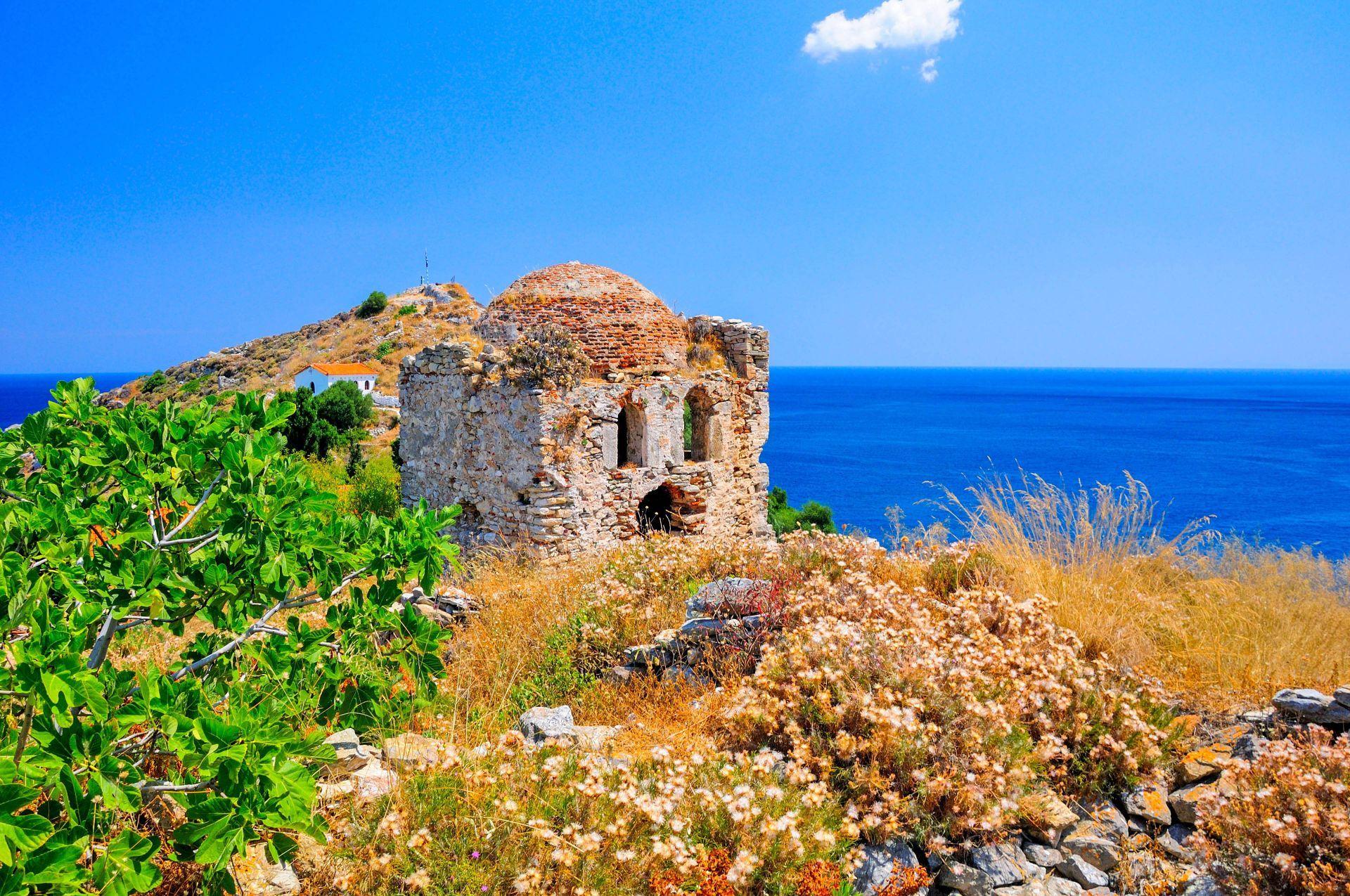 Skiathos island: Medieval Castle