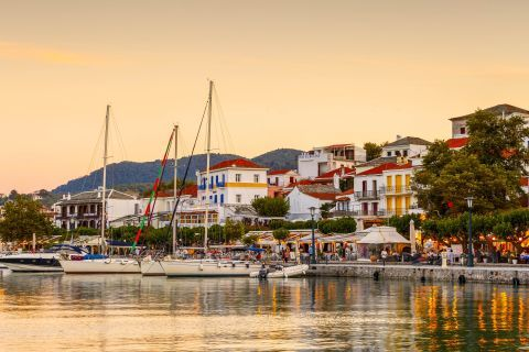 Sunset time at the port of Skopelos.