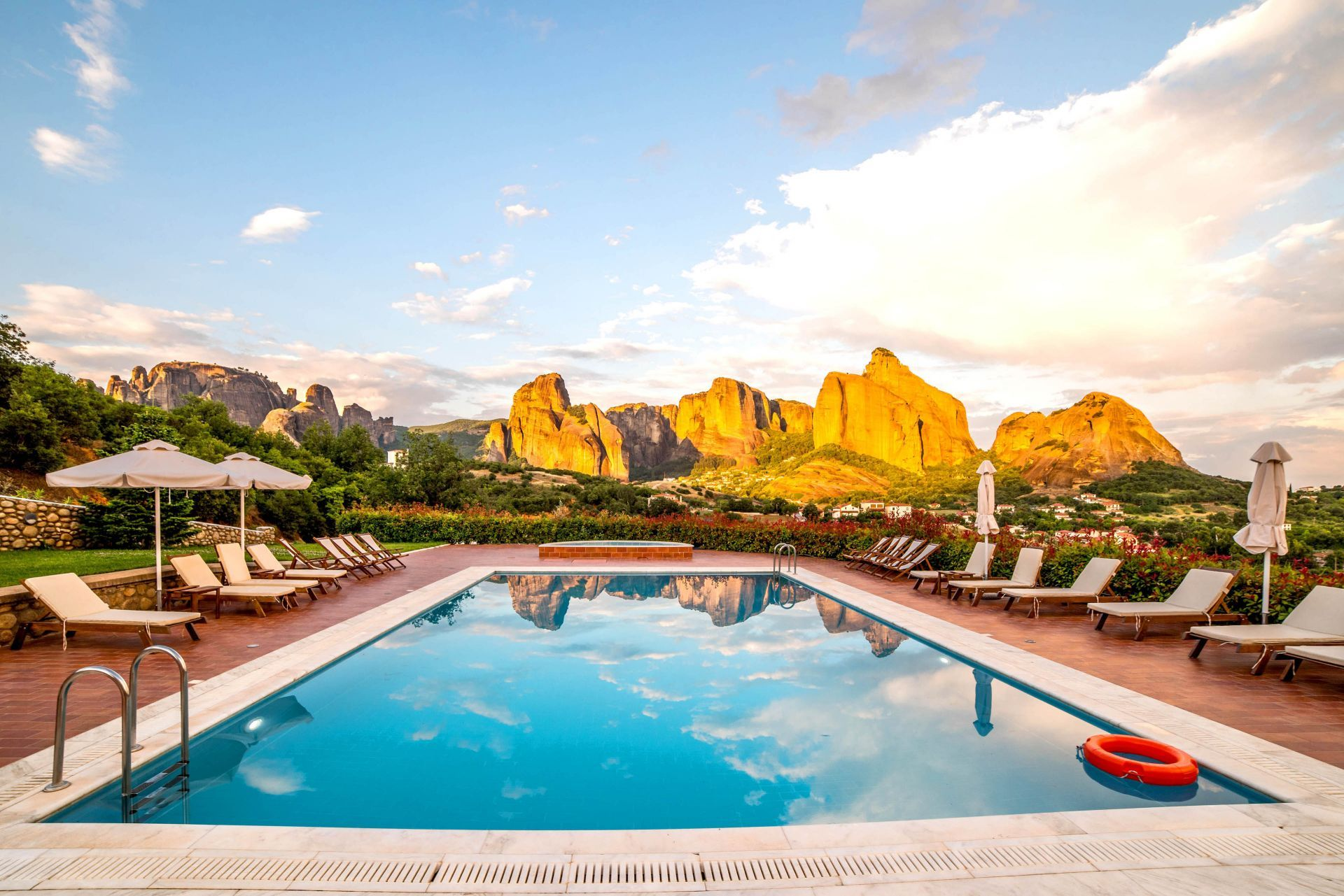 Accommodation and hotels in Meteora