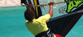 Chania windsurfing and kitesurfing