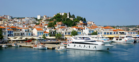 Picturesque old port of Skiathos