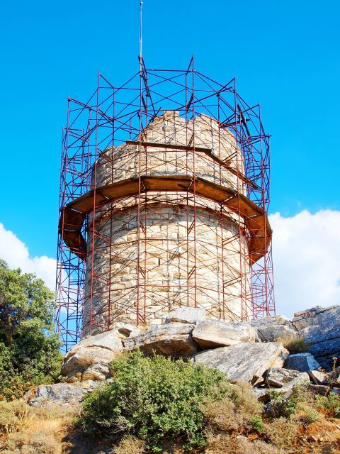 Chimaros Tower: Chimaros Tower is under restoration as large parts have collapsed over the centuries