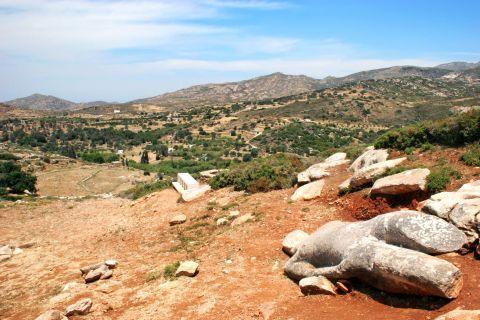 Melanes Kouros of Flerio: This Kouros statue dates back to 570 BC