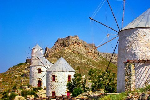 Traditional Windmills: The most picturesque site of old windmills on Leros is the windmills in Pandeli, on the way to the castle.