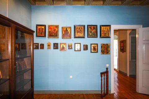 Iakovatios Library: Byzantine icons