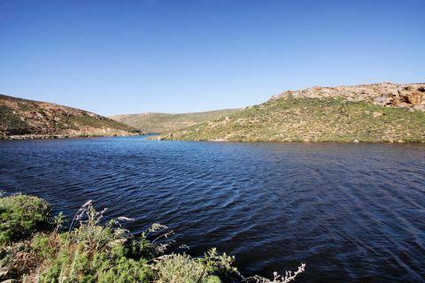 Artificial Lake of Ano Mera Dam: The artificial lake of Ano Mera Dam