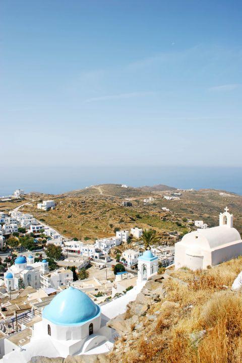 Panagia Gremiotissa: Three other churches stand on the same hill as Panagia Gremiotissa