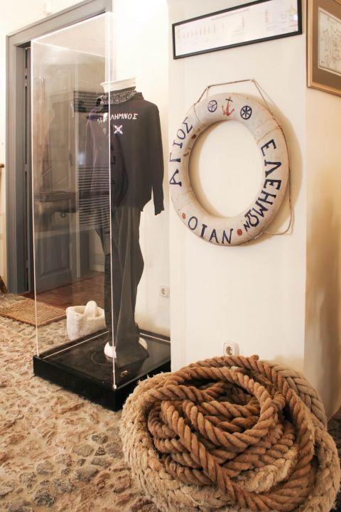 Naval Museum: Exhibits of the maritime museum in Santorini