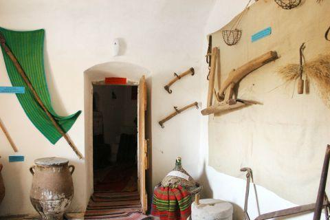 Chrissoskalitissa monastery: Inside the small museum of the Monastery
