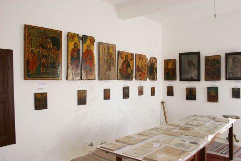 Chrissoskalitissa monastery: A rare collection of Byzantine icons